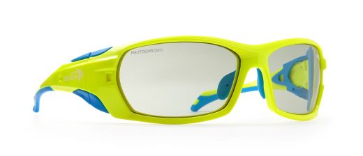Mountaineering sunglasses with side shields masterpiece neon yellow