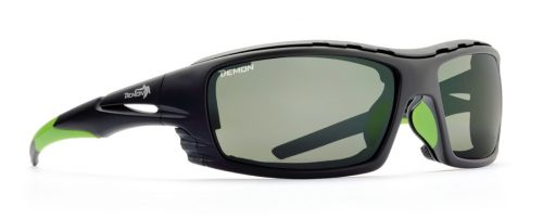 outdoor sunglasses with photochromic 2-4 lenses black green