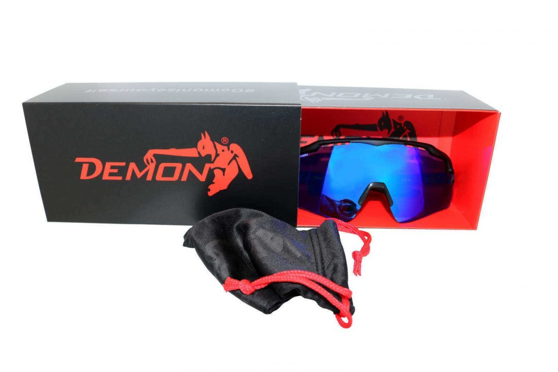 packaging for sport sunglasses demon