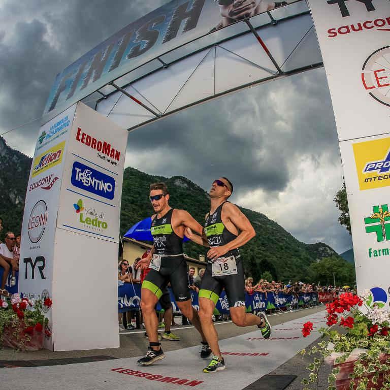 sunglasses for running and triathlon