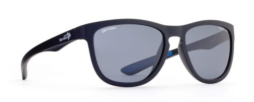 Polarized sport fashion sunglasses pround model matt black color