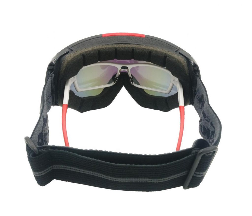 OTG technology for ski and snowboard goggles