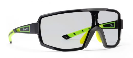 Photochromic single lens eyeglasses for cycling and running performance rx