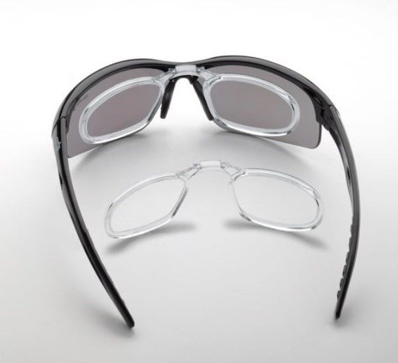 Sport glasses for myopia with optical clip